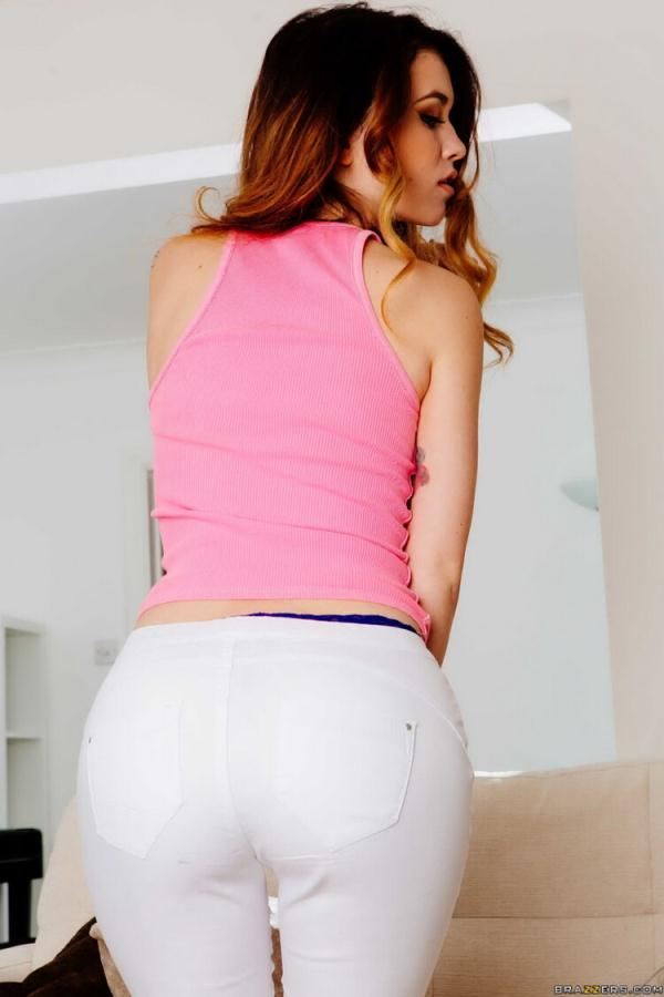 Misha Cross - Misha Cross Cums Clean [FullHD 1080p] 2020