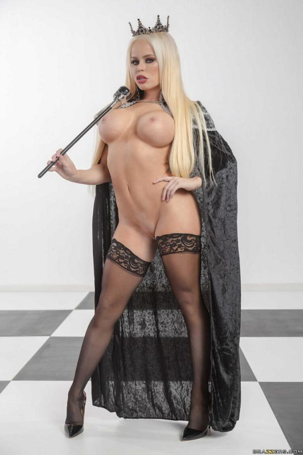 Nikki Delano - Capture The Queen [FullHD 1080p] 2020