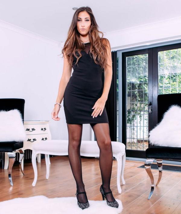 PrivateStars/Private: Clea Gaultier - Clea Gaultier, top model fucks in sexy lingerie (HD) - 2020