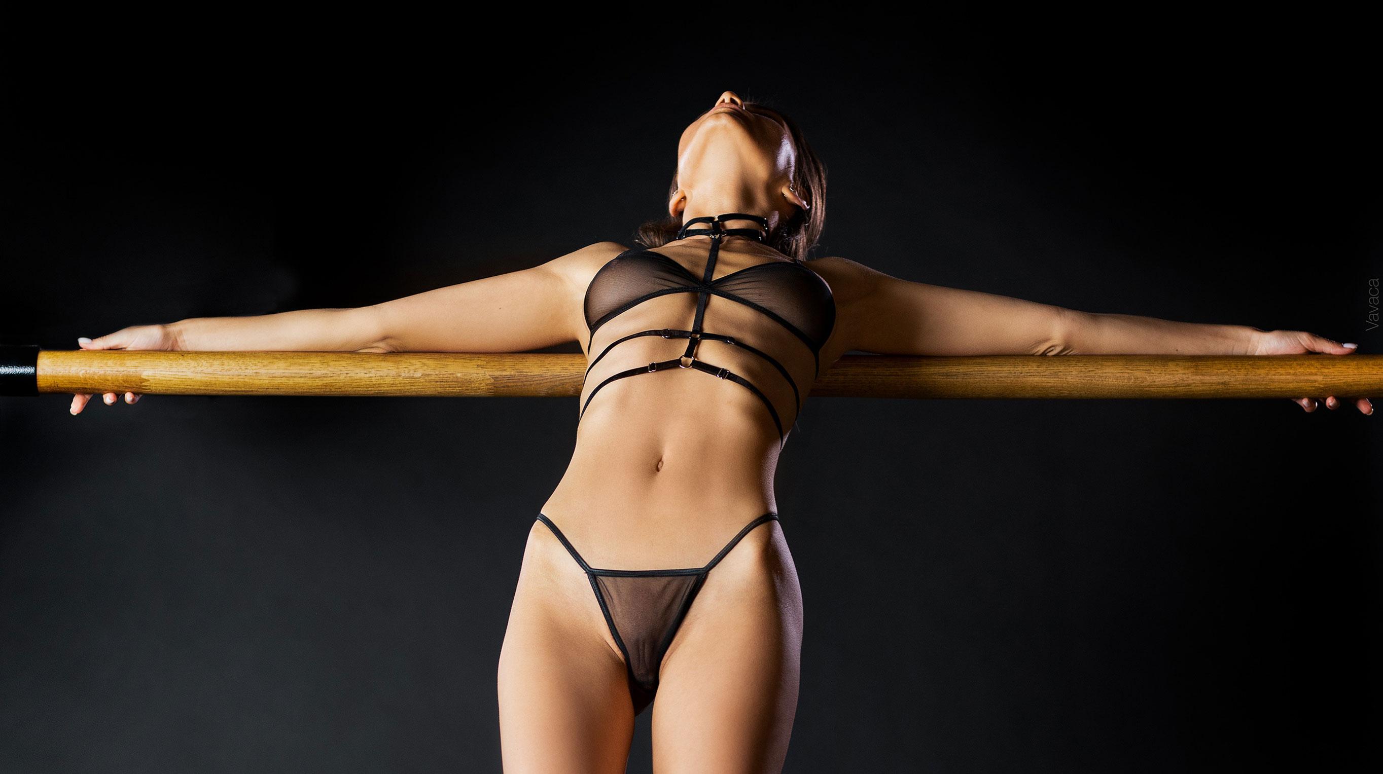 Кристина Макарова в гимнастическом зале / фото 01