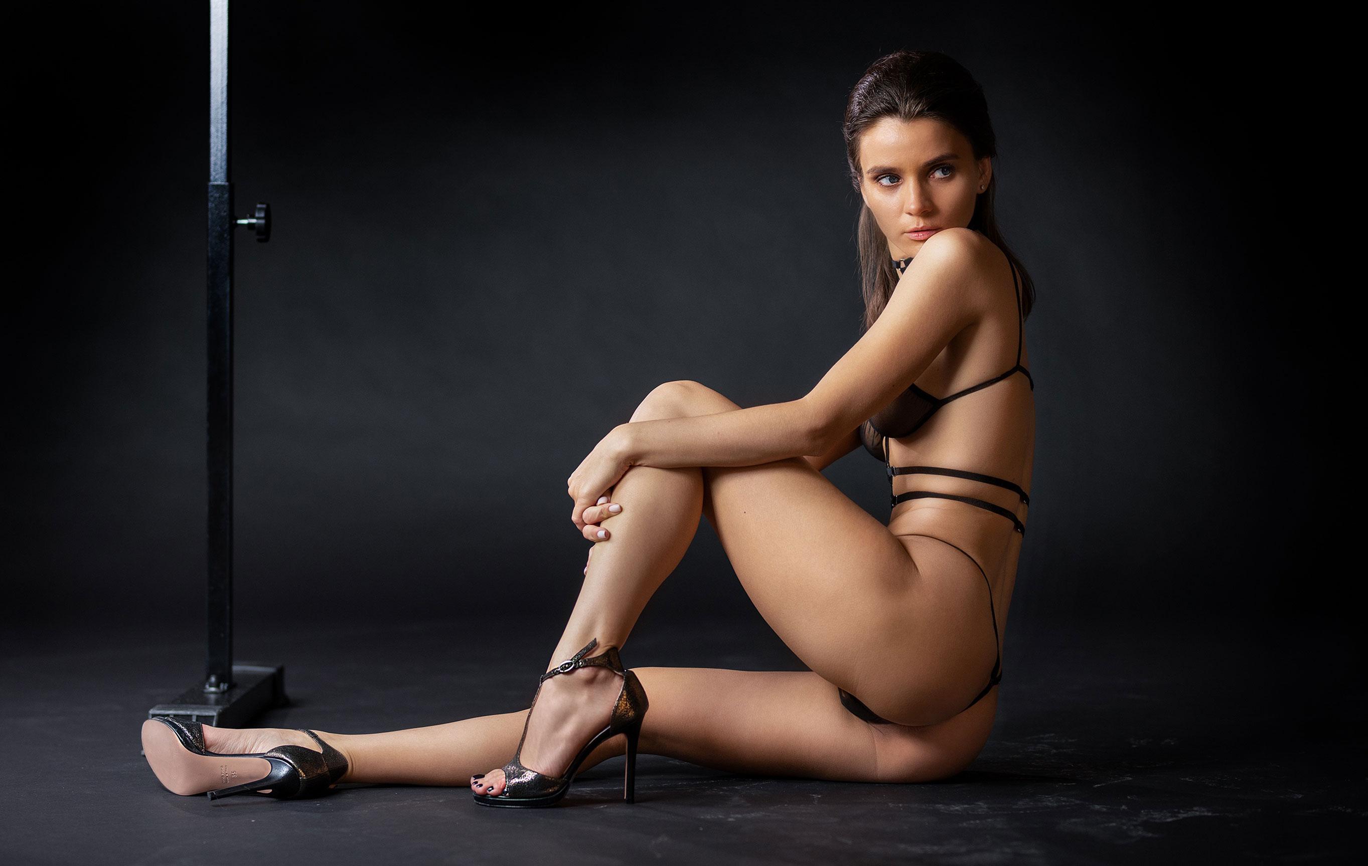Кристина Макарова в гимнастическом зале / фото 08