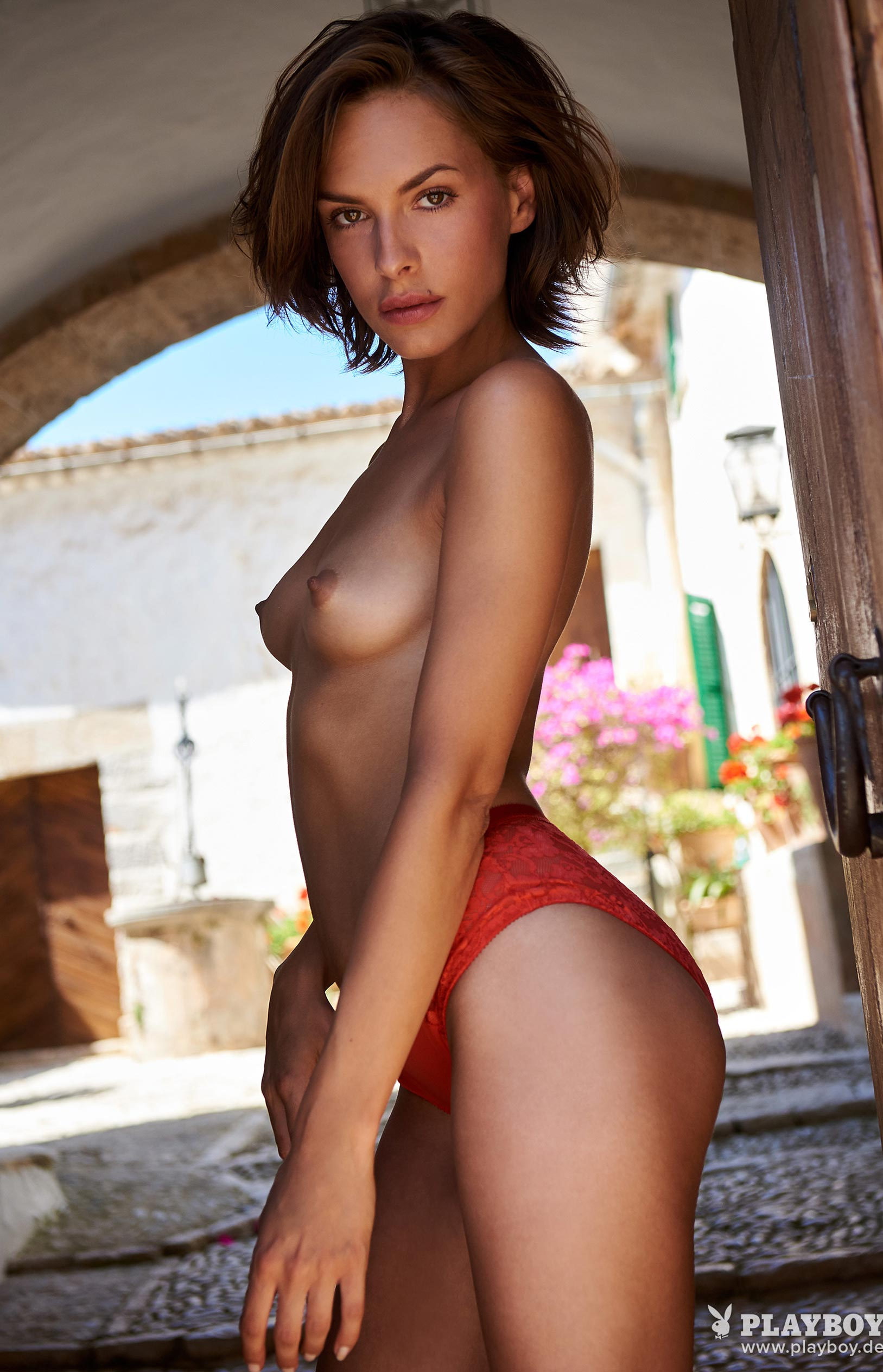 Оливия Пельцер - Девушка месяца Playboy Германия, сентябрь 2018 / фото 04