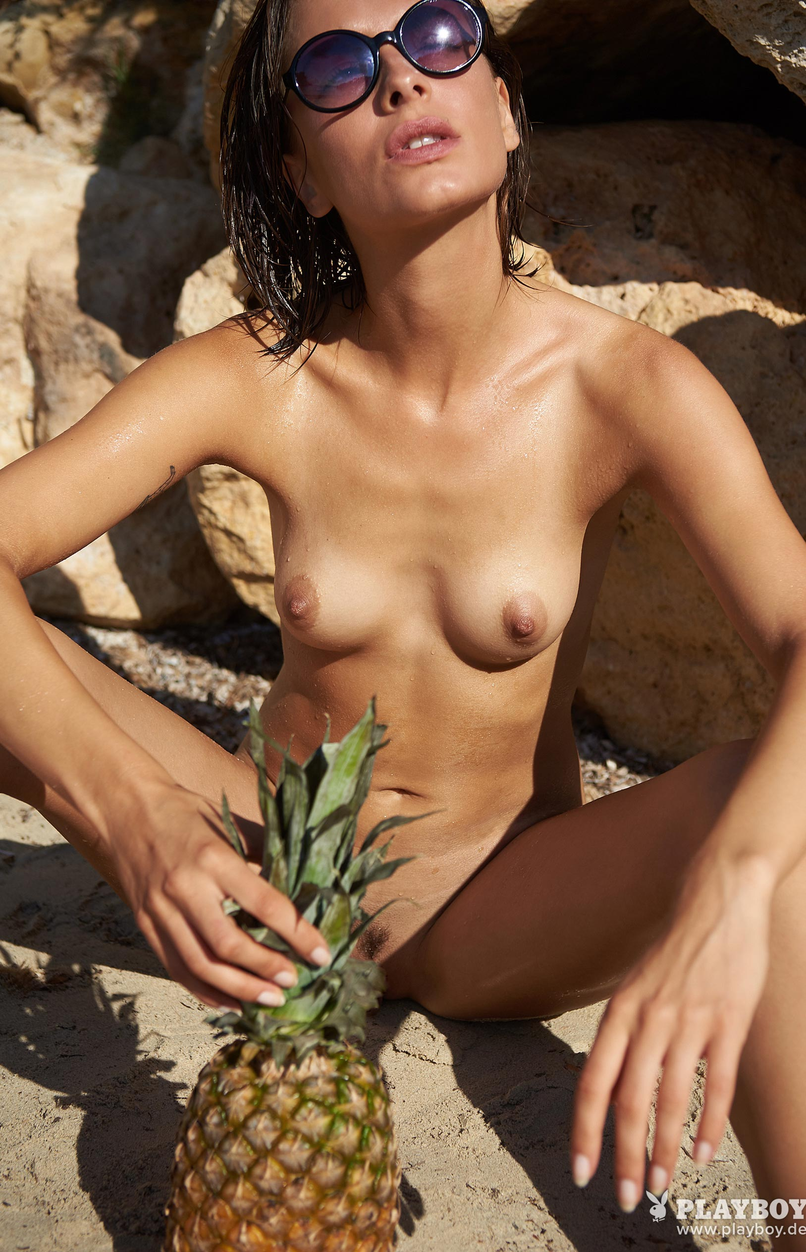 Оливия Пельцер - Девушка месяца Playboy Германия, сентябрь 2018 / фото 15
